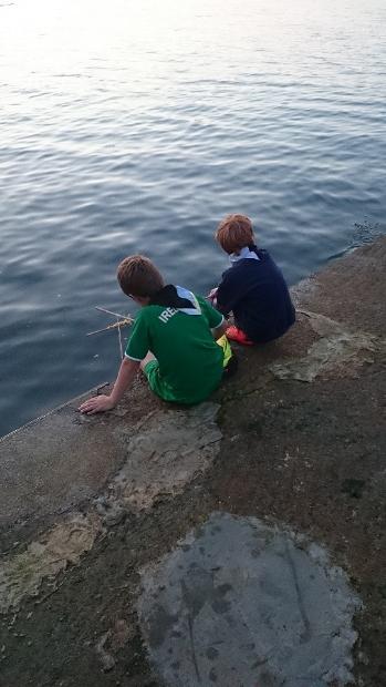 cub-crab-fishing-2